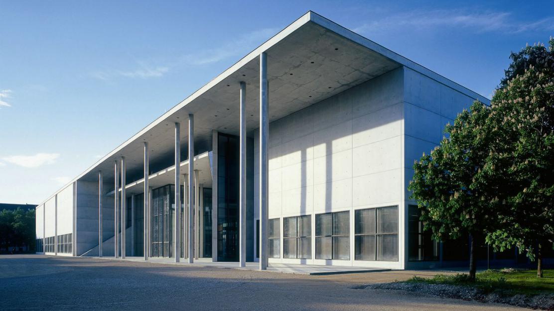 pinakothek der moderne ask helmut besser ausgehen in berlin. Black Bedroom Furniture Sets. Home Design Ideas