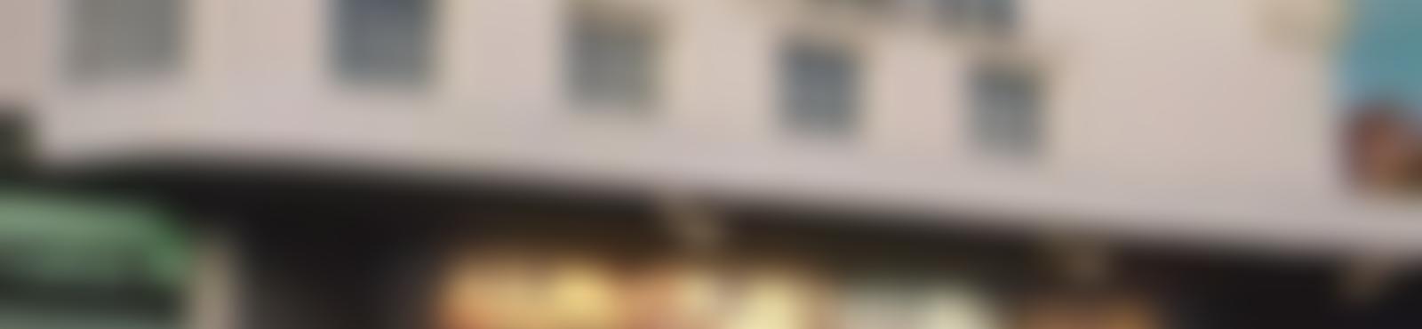 Blurred e42f9058 848d 486d ac04 5cb0eb0e3939