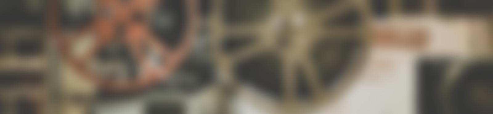 Blurred e9941c59 3523 4a86 89d1 3b381d3fd08e