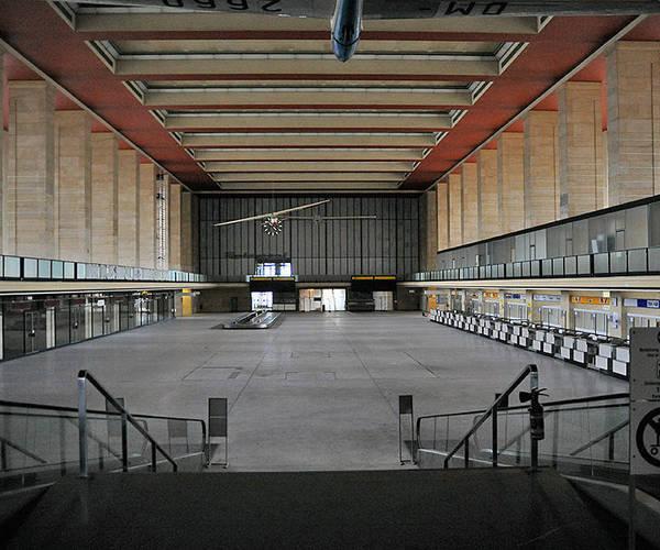 Web toter flughafen berlin tempelhof a3bfe75f b137 40f0 bb86 698acd48c5a9