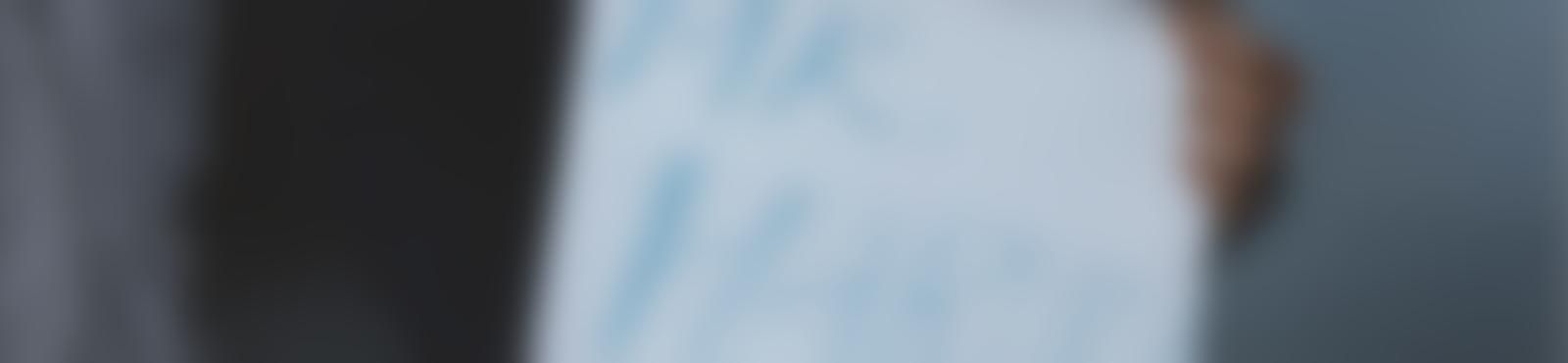 Blurred 3caef8cd 6b1c 4cec 8fe7 bd91b57b5621