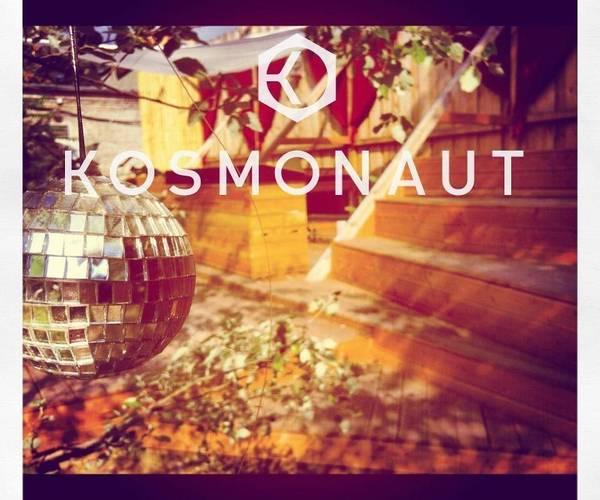 Web kosmonaut