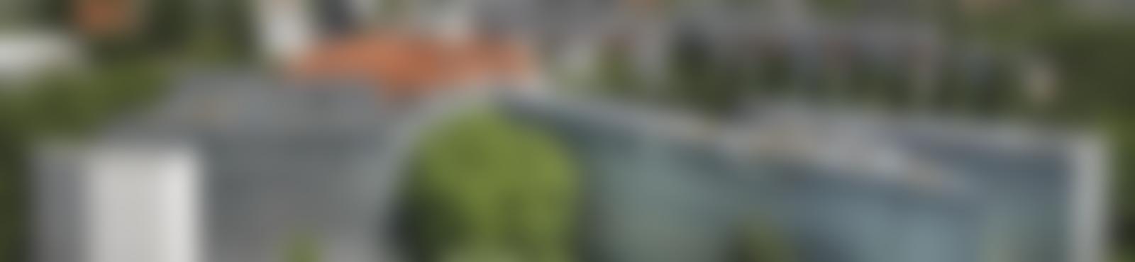 Blurred a58b797a afd5 4d64 a0fe 654ef89db876