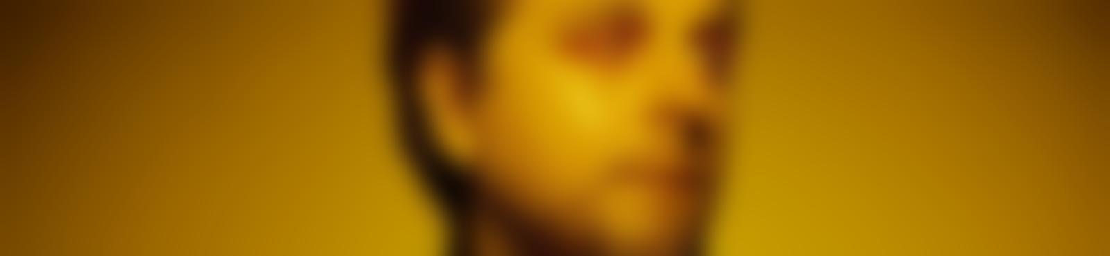 Blurred d721e510 6020 4e89 93ba eaa6d5317f98