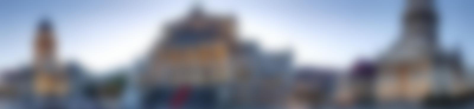 Blurred fa535dc7 89e5 43b1 bde7 a5604565f5e3
