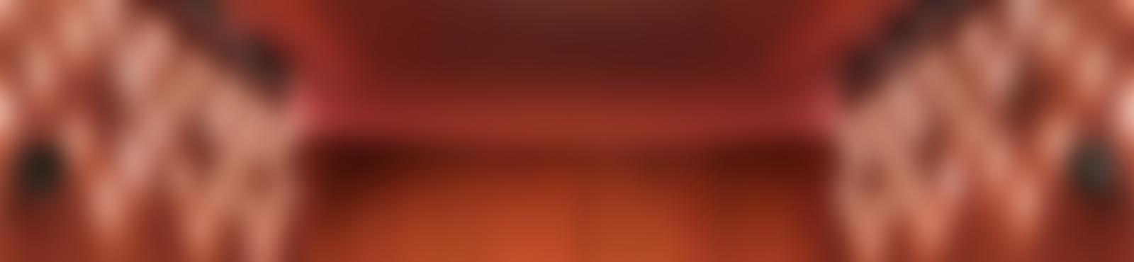 Blurred dh d 000074473 94 v2 send
