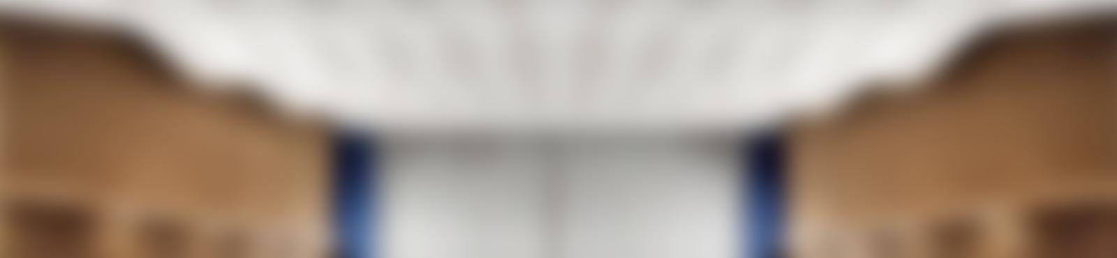 Blurred dh d 000081833 53 send