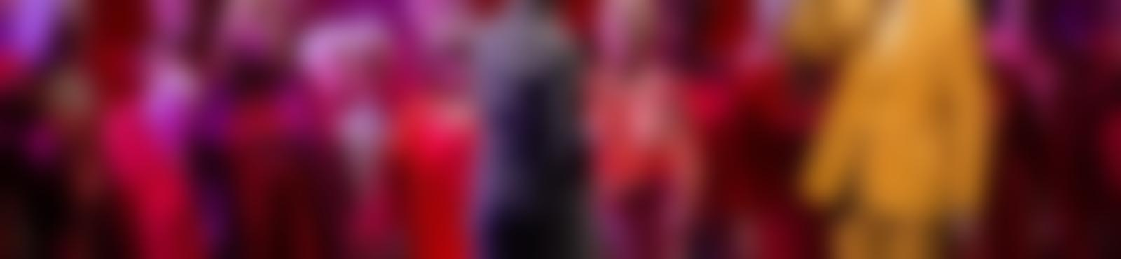 Blurred 6baabaed ed55 47af b95c 65598d248f28