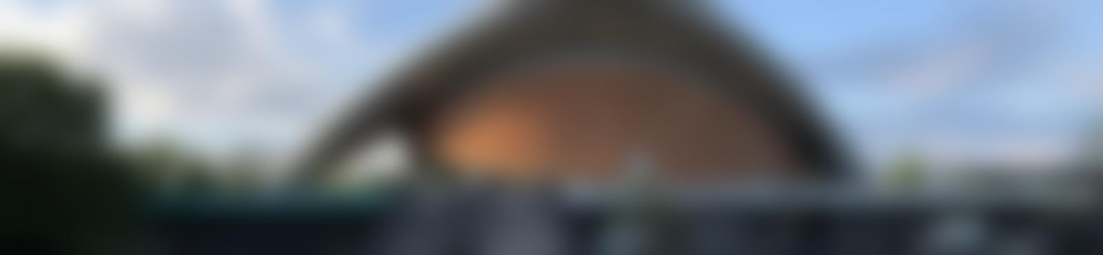 Blurred dfb3a3ae dbed 45f7 9cf4 e1e06665395c