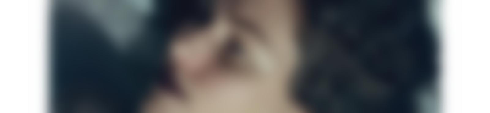 Blurred 31bc27f0 acdf 45c3 8c7a df8b84350a37