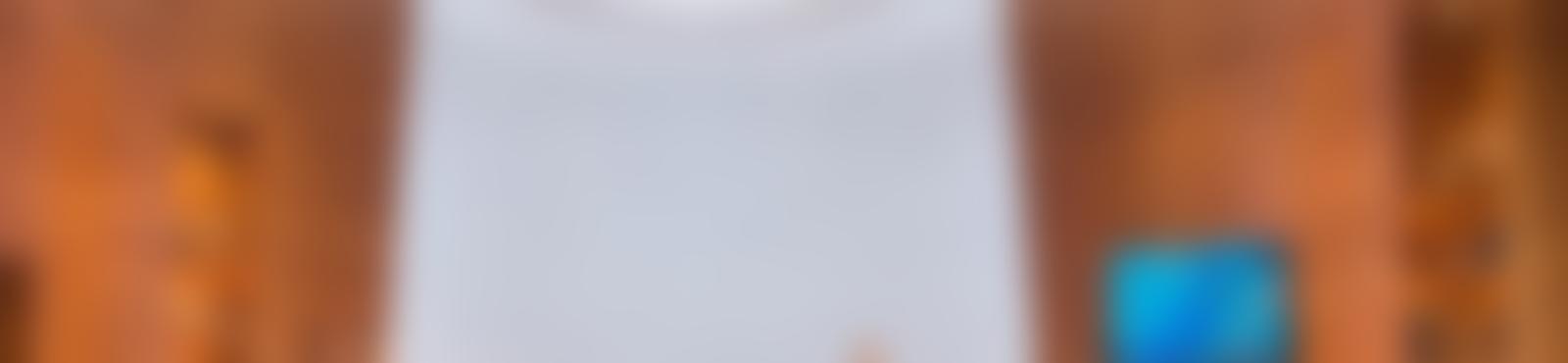 Blurred f0911555 06fc 4893 a307 3e7030af226d