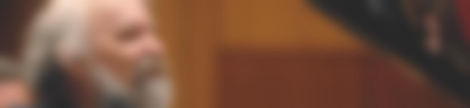 Blurred b2b3887c af9f 42ca 9887 ab0c52726033