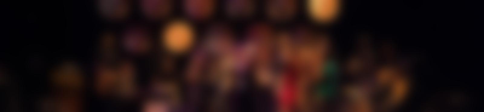 Blurred d8c43e72 153b 4d3e a0e3 d69106f2ff45