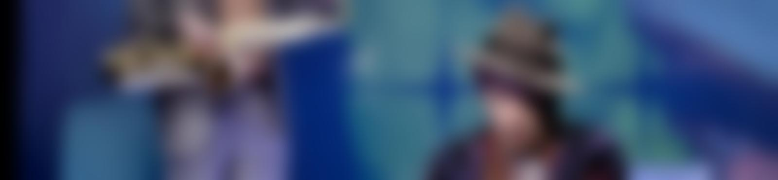 Blurred baa7cf83 8162 4dab 8ac3 9c877da451ea