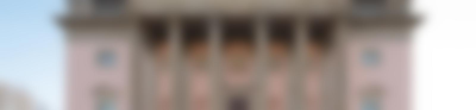 Blurred b67f40fc 7fc7 468e 8f44 fe161de44244