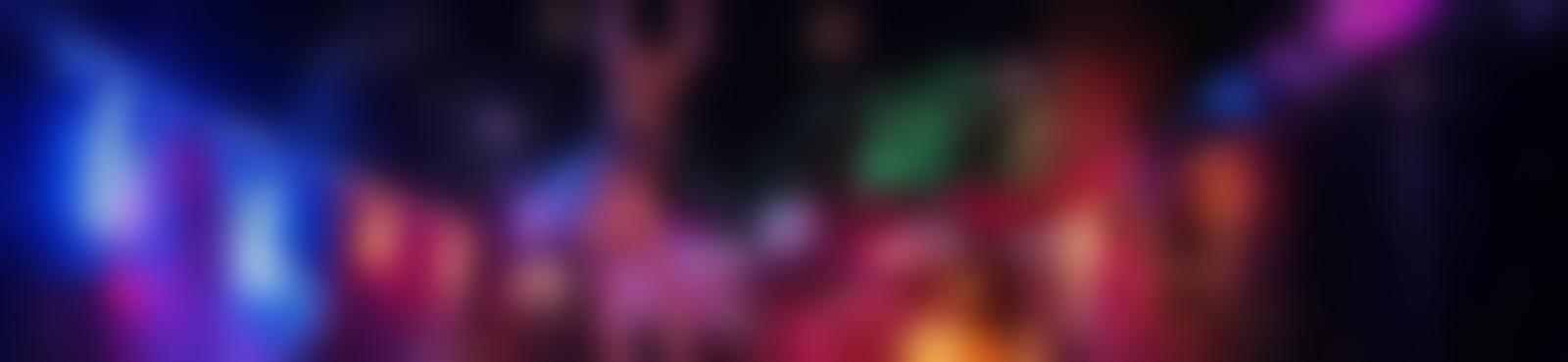Blurred 1e646053 53e3 4c8d 95cf d8cfe6e12e01