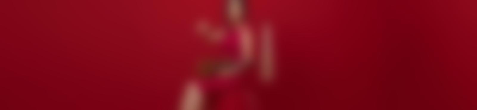 Blurred d6257886 cb4f 4cc5 a640 47f2bc3b5874