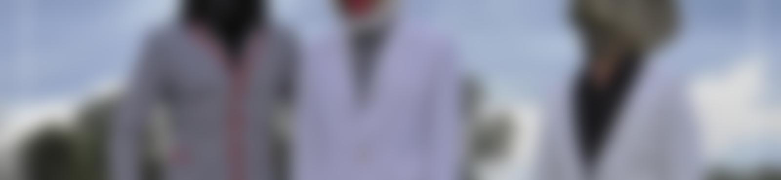 Blurred 68182cc7 019d 4ccc 9bdb 85b570748a06