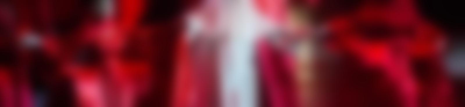 Blurred a5c7ef4a 7db8 49bf 8128 70e532bb0e22