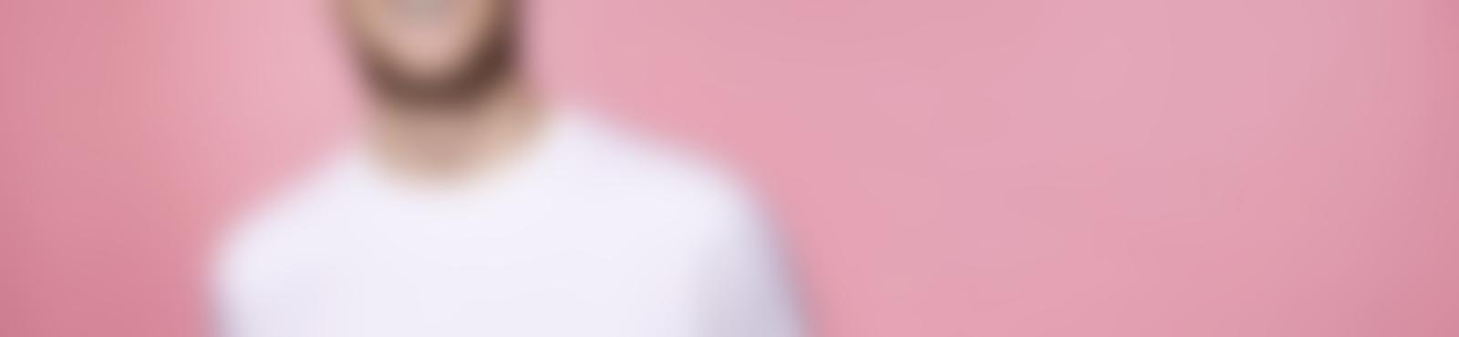Blurred f5d4571b a95d 4d08 baf9 c791e52fb62e