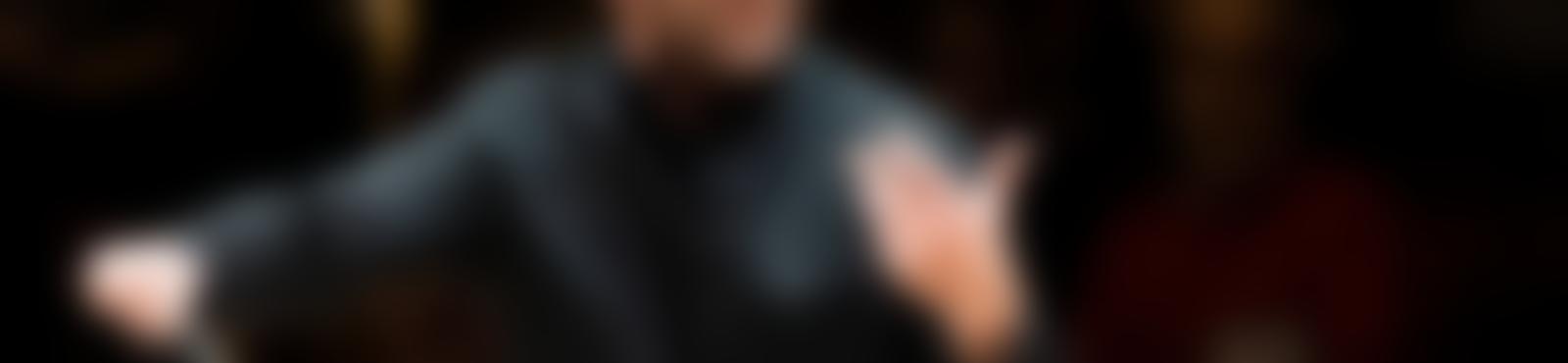 Blurred 7c748c2a da08 4906 a75f 3767ec6373f7