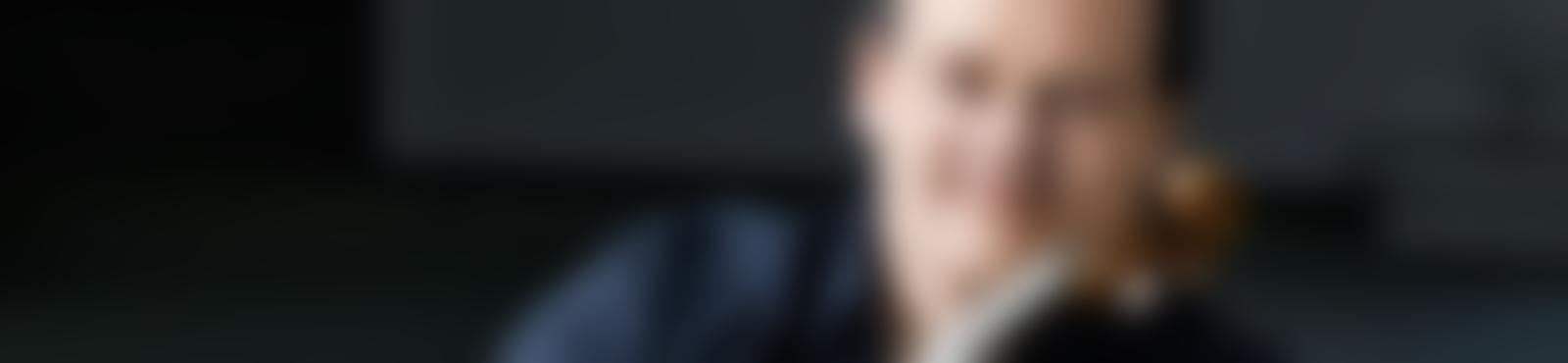 Blurred e9c5ed01 d031 4d7d ba77 cdfc0da900f2