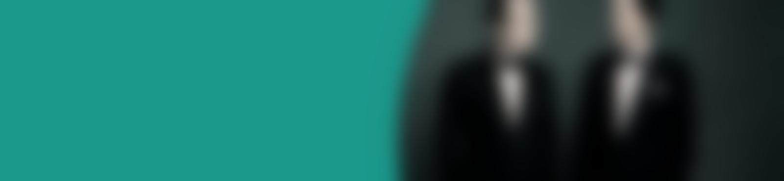 Blurred b6a94f6c d6cf 4064 9300 e685df29086e