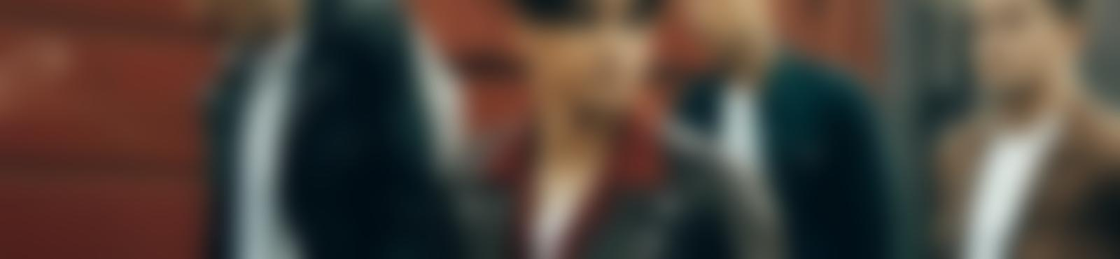 Blurred d28b4503 c775 420b af9f 96ab689ae3be