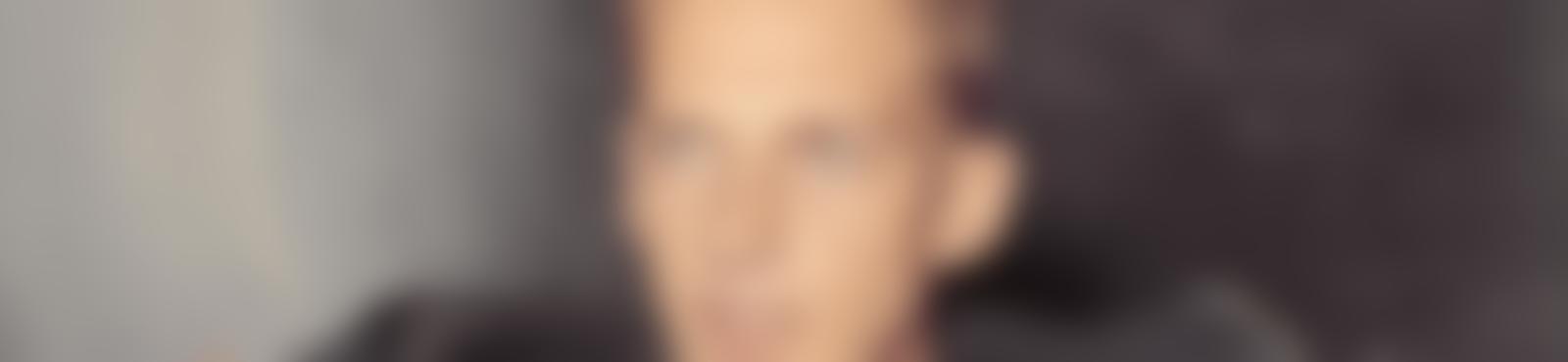 Blurred 6e5a4c82 337e 4c33 94e1 486178fc5fdf
