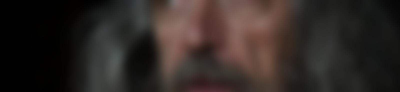 Blurred 6cc0701b 6a2b 4344 b92f e9fc109943f5