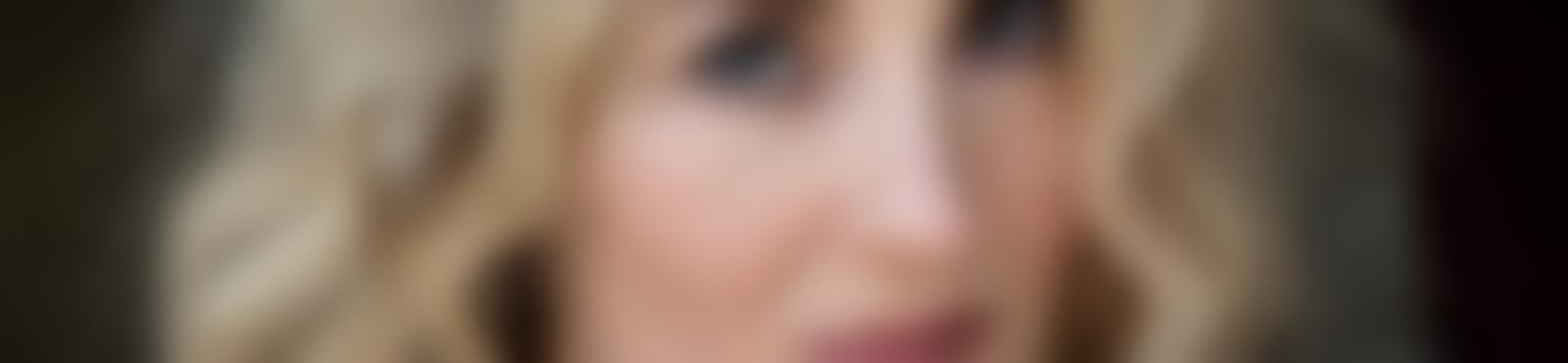 Blurred 498cfac4 b7b6 4d99 99f3 ac1676696ac5