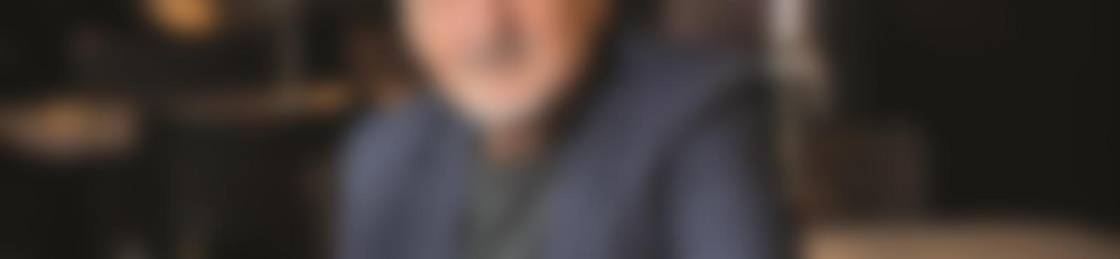 Blurred 88ae49a4 176f 4e92 88f4 a39c3f95cce2