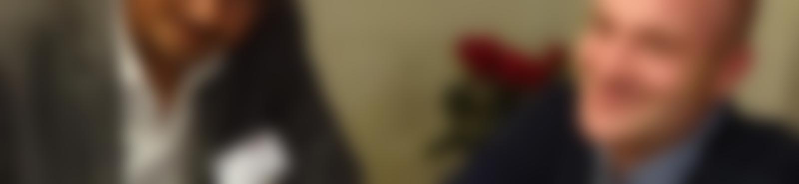 Blurred 9e0bda00 b43a 4d51 a337 a883f014c97c