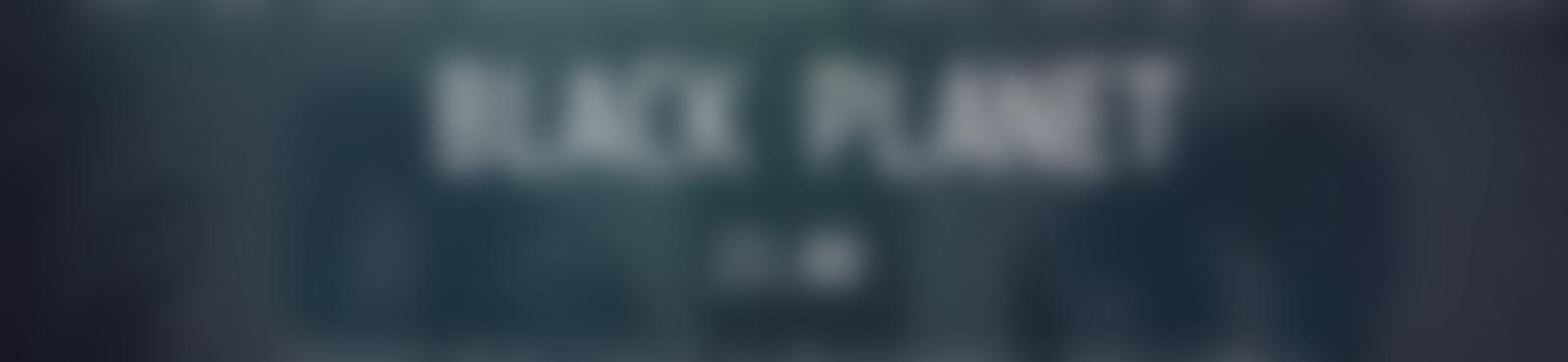 Blurred b9112c97 fd5b 49fe 831c eb9f9ef68ff9