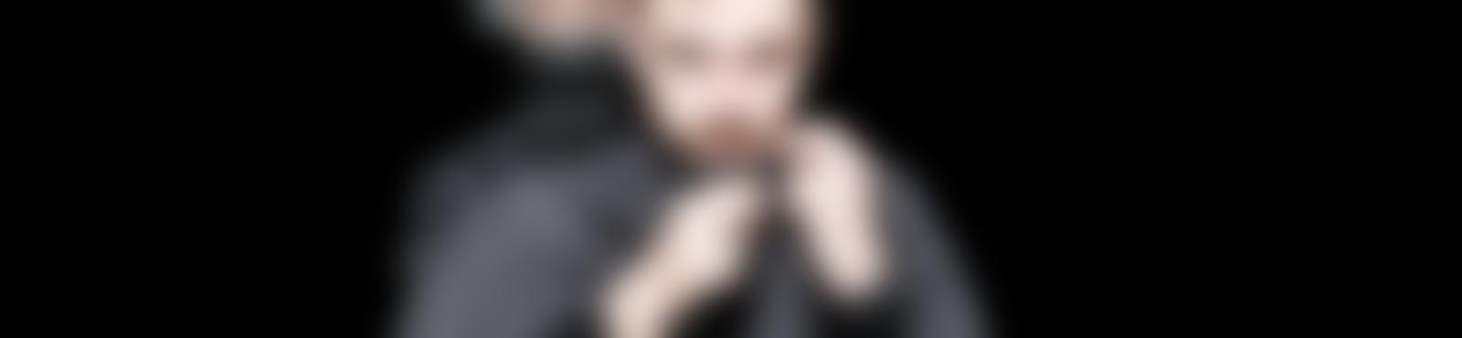 Blurred 3a36a702 9562 412a 8286 530683a493dc