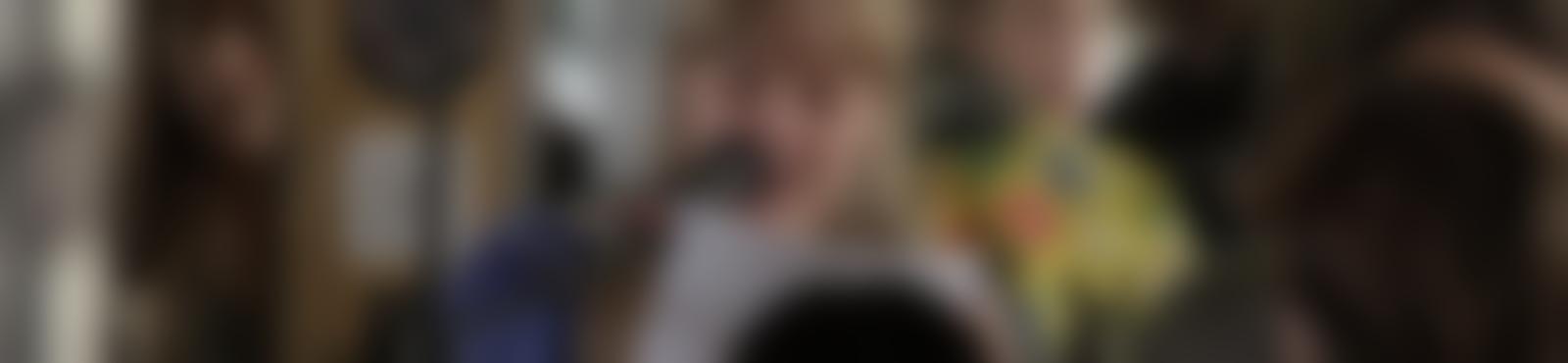 Blurred 96ace013 f32d 438e 95d3 86337c040b76