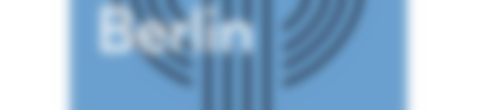 Blurred f750e84f 5312 4f03 85a2 f9d6d6a1d366