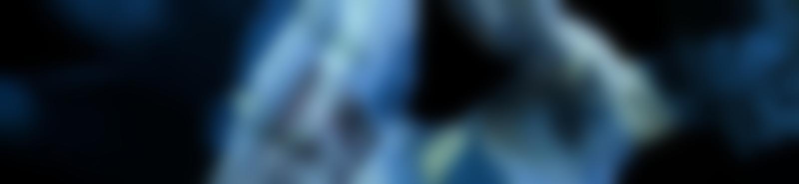 Blurred cd1e2935 a943 435f 89e3 63c2f24b206e