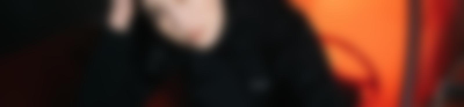 Blurred ffee0fd4 8e6d 4221 a53b 80a240eac998
