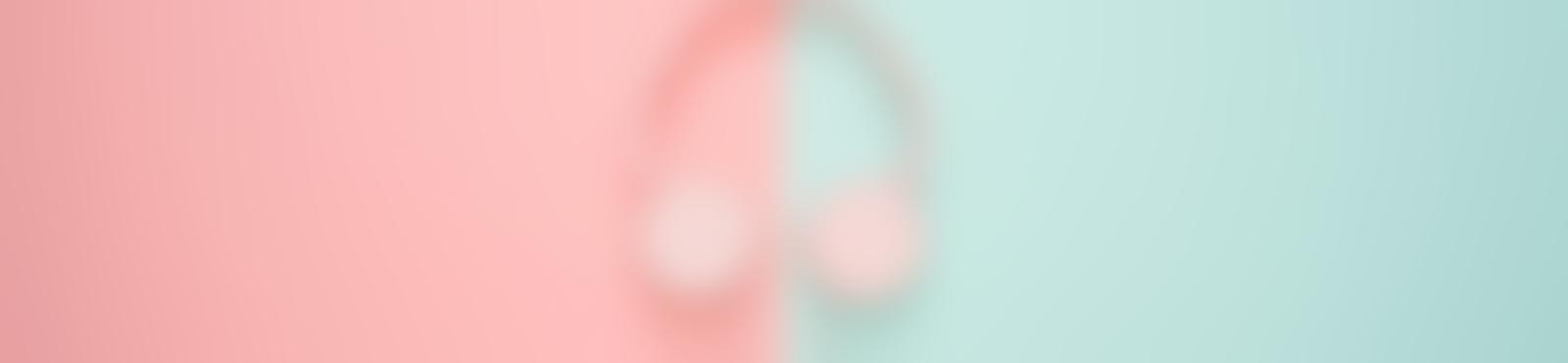 Blurred 2990508b cc8d 4502 b584 5ed4493972bd