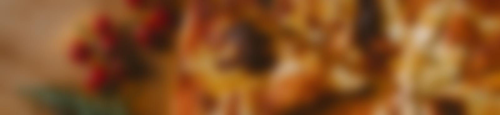 Blurred e3409402 ee63 4178 b6bf 7cb220d6744e