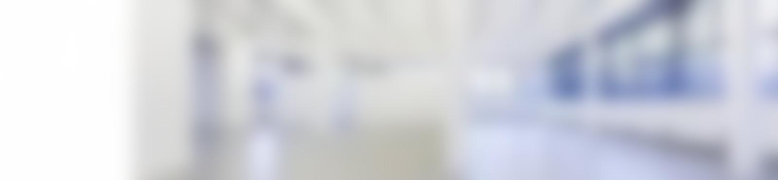 Blurred cc15eafb 9846 419b a07a 3216985fb1ef