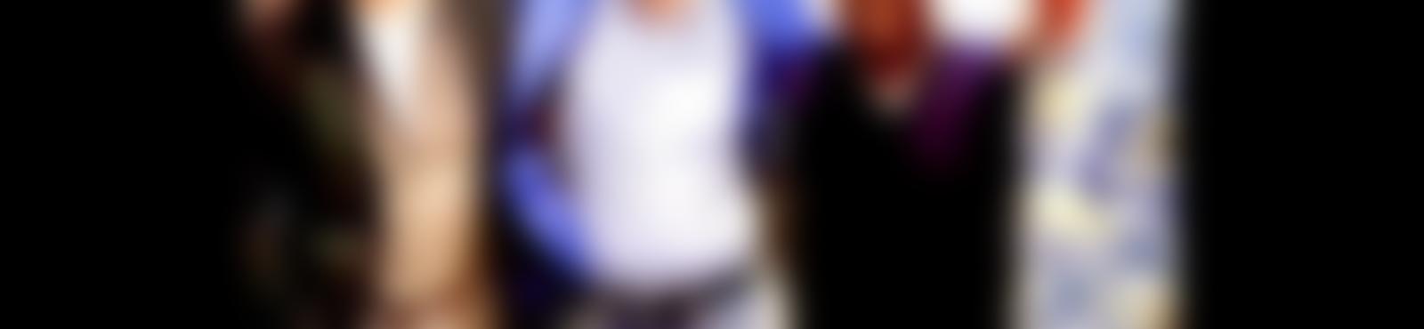Blurred 7eb53eae fca0 428e 8ecc 8c446a704328