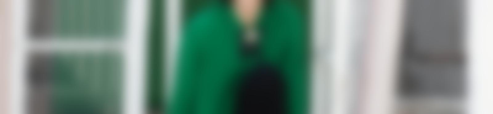 Blurred 31b653c2 6ac7 412f 87a3 410bfa32c8bd