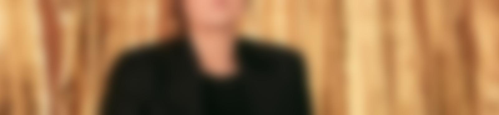 Blurred a10eedf9 7877 4f6f bb91 71e1552deed3