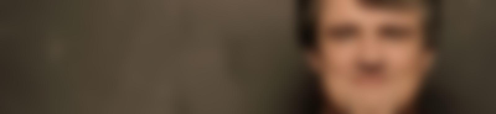 Blurred 35c376d5 af58 4455 8f33 7e34e84c473a